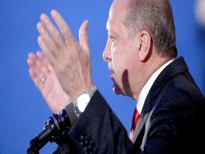Erdoğan: Bu yürüyüşe ayak uydurmayan kim varsa kenara koymamız lazım