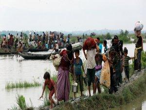 Bangladeş, Myanmar'ın 'sınıra mayın döşemesini' protesto etti