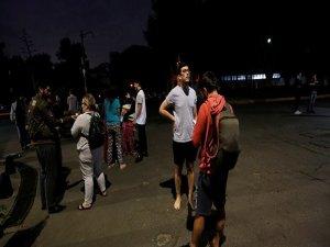 Meksika açıklarında 8.1 büyüklüğünde deprem: En az 6 ölü