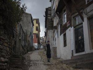 'Suriyeli çocuk ve genç kızlar, Türkiye'de 5-6 bin liraya satılıyor' iddiası