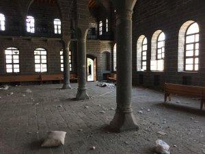 Sur'daki Ermeni kilisesi hırsızların hedefinde
