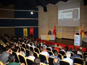 """DÜ'de """"Dünya Üniversitesi Olma Vizyonu"""" konferansı"""