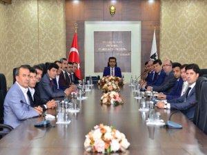 Vali Güzeloğlu toplantıya başkanlık etti