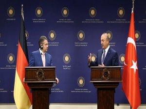 Çavuşoğlu, seçim sonrası ilk kez Alman mevkidaşı Gabriel ile görüştü