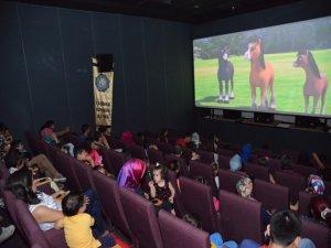 Sinema günleri çocuklardan yoğun ilgi görüyor
