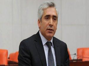 Ensarioğlu: Referandumu yok saysanız bile bir irade beyanı var