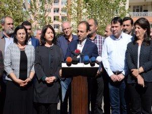 HDP'liler, Talabani'nin cenaze töreni  için Süleymaniye'ye gitti