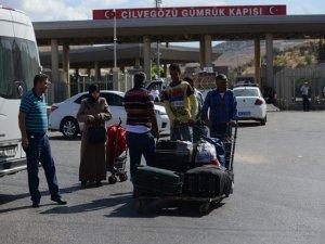 Türk askeri sınırı geçti, İdlip'ten kaçış başladı