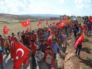 Reyhanlı'da askere destek yürüyüşü