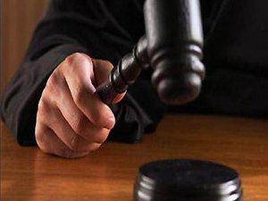 İntihar ettiği söylenen kızının öldürüldüğünü iddia ederek savcılığa suç duyurusunda bulundu