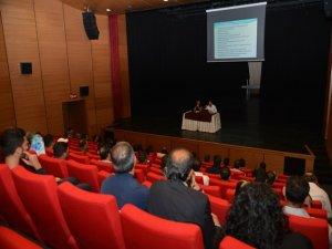 Belediyeden  sağlık personellerine tıbbi atık eğitimi