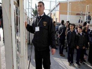 Okullara güvenlik görevlisi alınacak