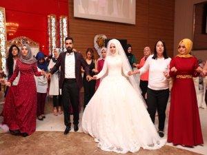 Kaybolan düğün görüntüleri için tazminat istediler