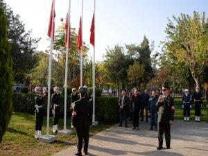 Gazi Mustafa Kemal Atatürk özlemle anıldı
