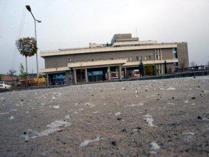 Çırçır fabrikalarının yanında bulunan hastaneye pamuk yağıyor