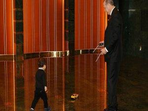 Erdoğan, torunuyla fotoğrafını paylaştı