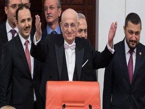 AK Parti'nin TBMM başkan adayı yeniden İsmail Kahraman