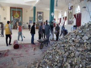 Depremde ölenlerin sayısı 450 oldu