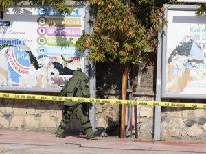 Ergani'de şüpheli valiz fünyeyle patlatıldı
