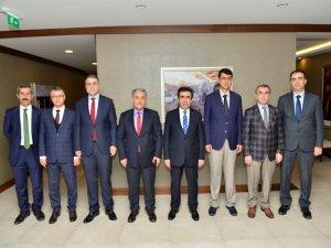 Vali Güzeloğlu OSB'de toplantıya katıldı