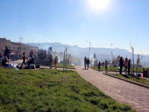 Cudi Dağı manzaralı piknik keyfi