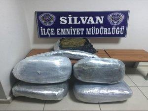 Silvan'da 50 kilo esrar ele geçirildi