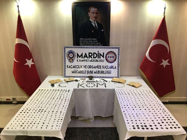 Mardin'de tarihi eserler ele geçirildi