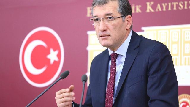 """Ceyhun İrgili, """"2010 KPSS'nin faili meçhul, mağduriyet baki"""""""