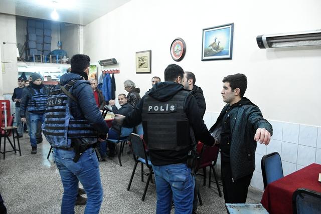 Diyarbakır'da 57 ekip asayiş devriyesine çıktı