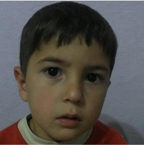 Zırhlı polis aracı 4 yaşındaki çocuğa çarptı