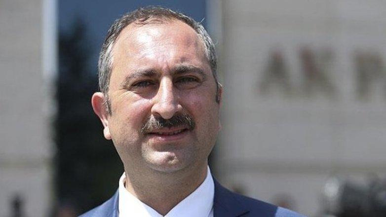 Bakan Gül: Milis yorumları için hukuki dayanak yok