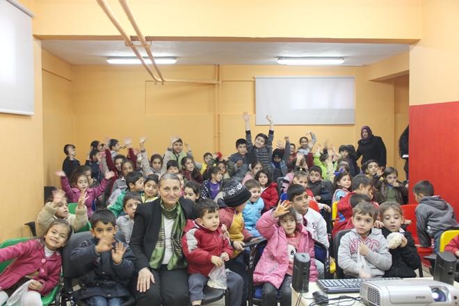 Bağlar Belediyesinden çocuklara yeni yıl etkinliği