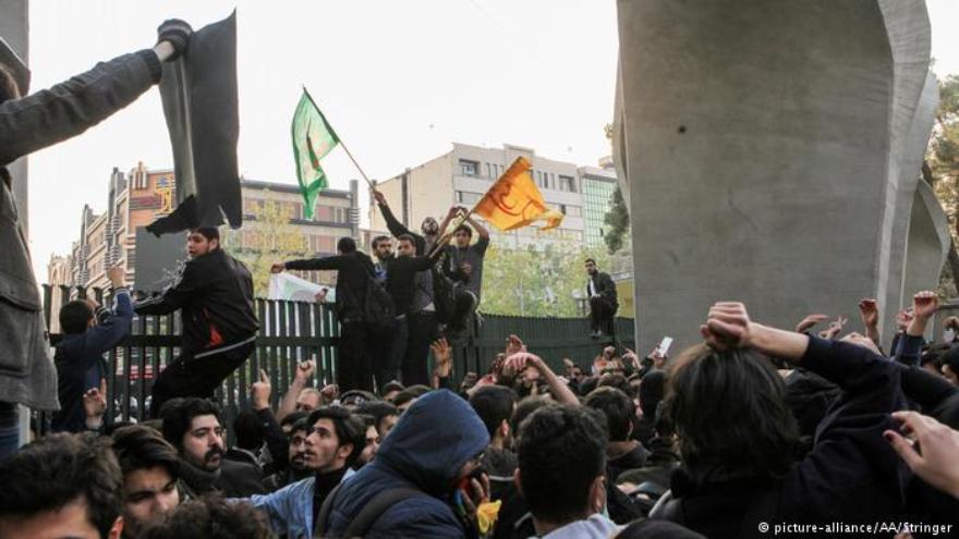 İran'da protestolar: Ölü sayısı artıyor