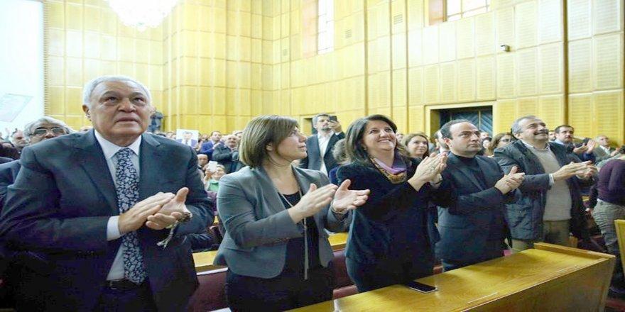 HDP TBMM Grubu: Aday olmama kararını üzüntü ama saygıyla karşılıyoruz