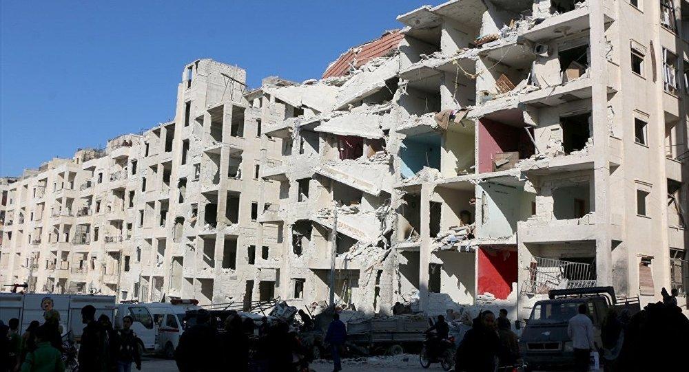 Cavuşğlu: Rejim muhalifleri vuruyor