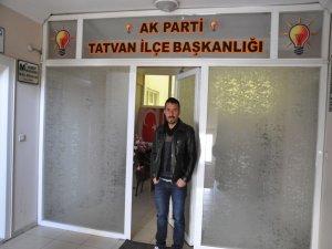 Tatvan'da 400 kişi AK Parti'den istifa etti!