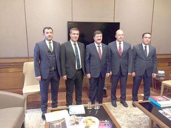 AK  Parti'de Budak sürprizi