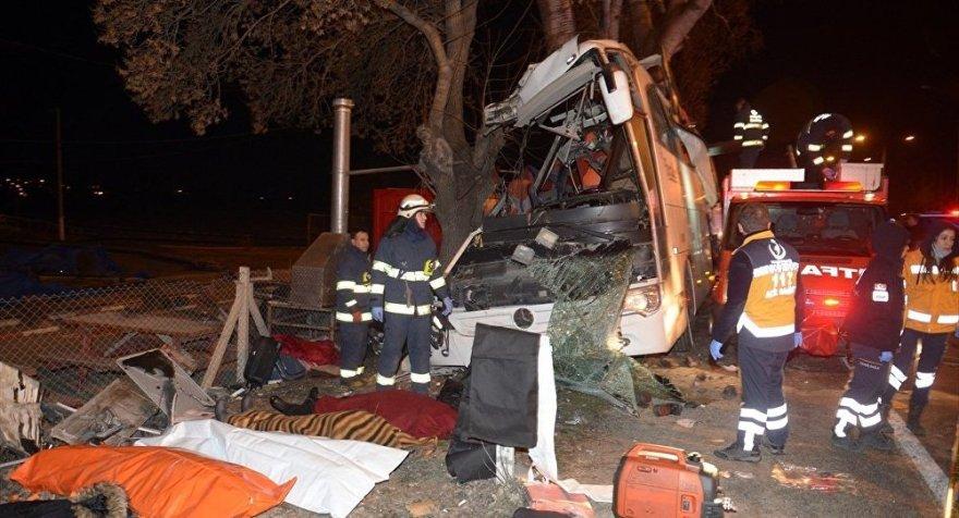 Eskişehir'de tur otobüsü kazası: 11 ölü, 46 yaralı