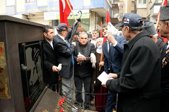 Şehit Emniyet Müdürü Okkan ve 5 koruma polisi anıldı