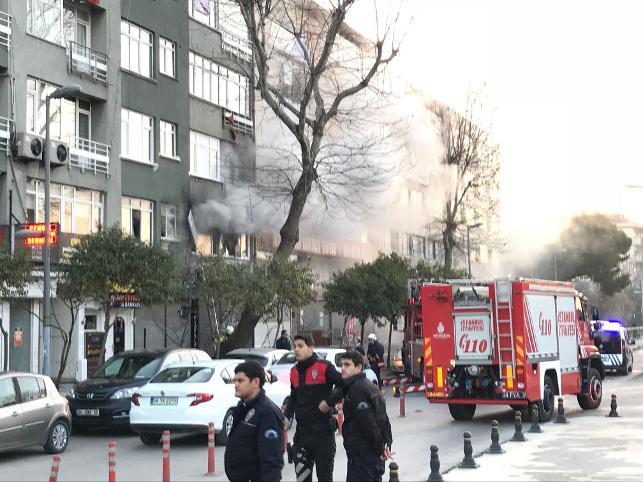 HDP Pendik İlçe binasının kundaklanmasıyla ilgili 11 gözaltı