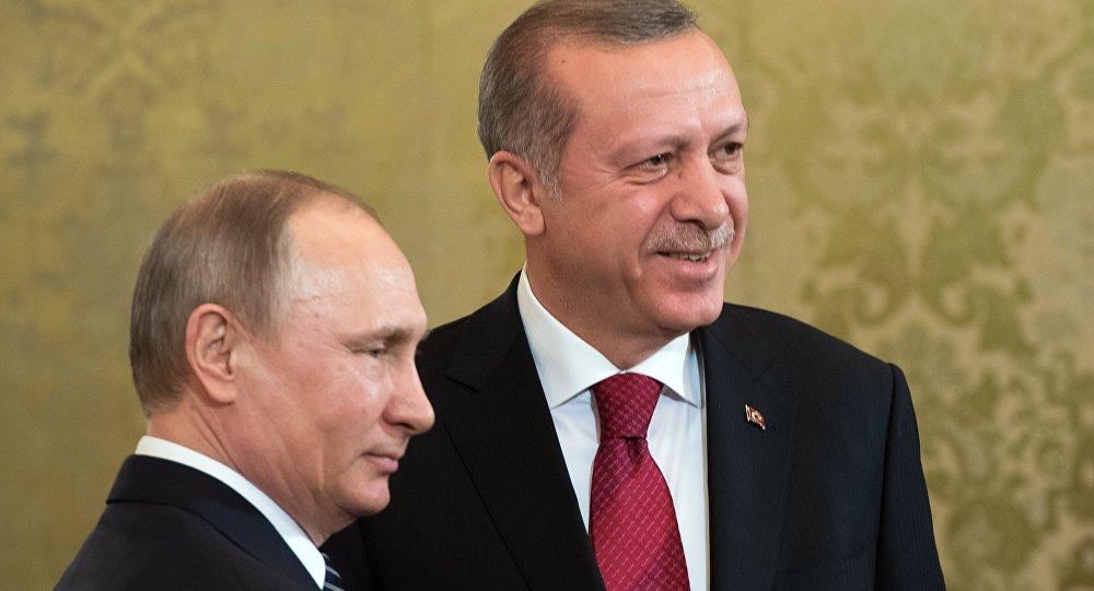 Erdoğan, Putin'le Soçi ve İdlib'i görüştü