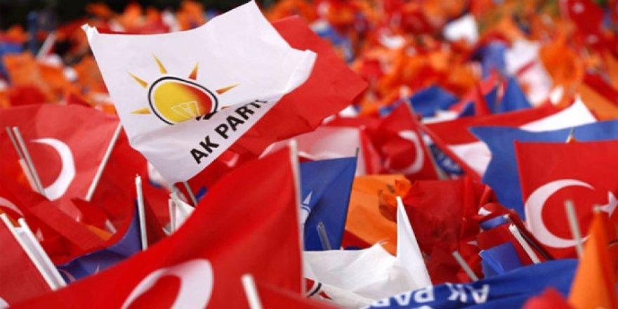 """AK Parti, 81 ilin """"tomografisini"""" çekiyor"""