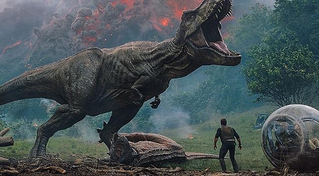 """""""Jurassic World: Yıkılmış Krallık"""" haziranda vizyonda"""