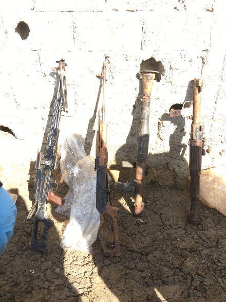 Ahırda keskin nişancı silahı bulundu