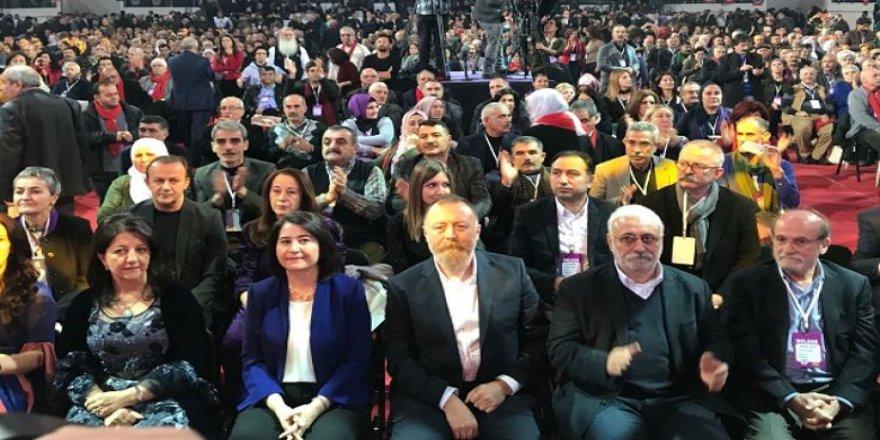 HDP'nin yeni Eş Genel Başkanları Buldan ve Temelli oldu.