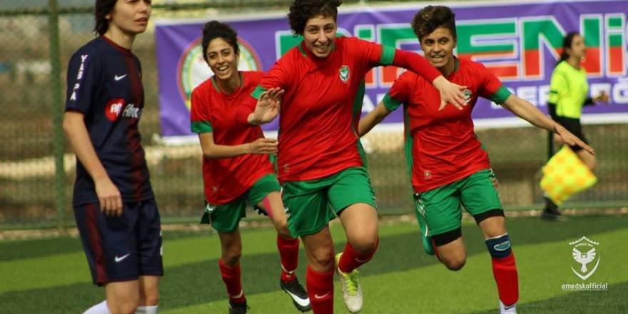 Futbolun sultanları sevindirdi