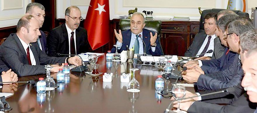 Bölge Ziraat Odaları Bakan Fakıbaba ile görüştü