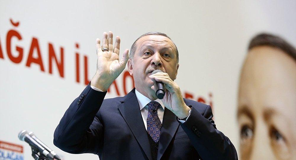 Erdoğan: Sivilleri vurmak sizin kanınızda var