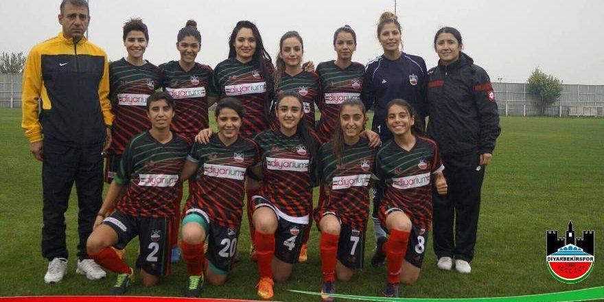 Diyar'ın kadın takımı play-off'ta