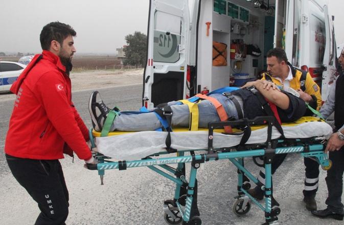 Şanlıurfa'da ambulans ile hafif ticari araç çarpıştı: 2 yaralı
